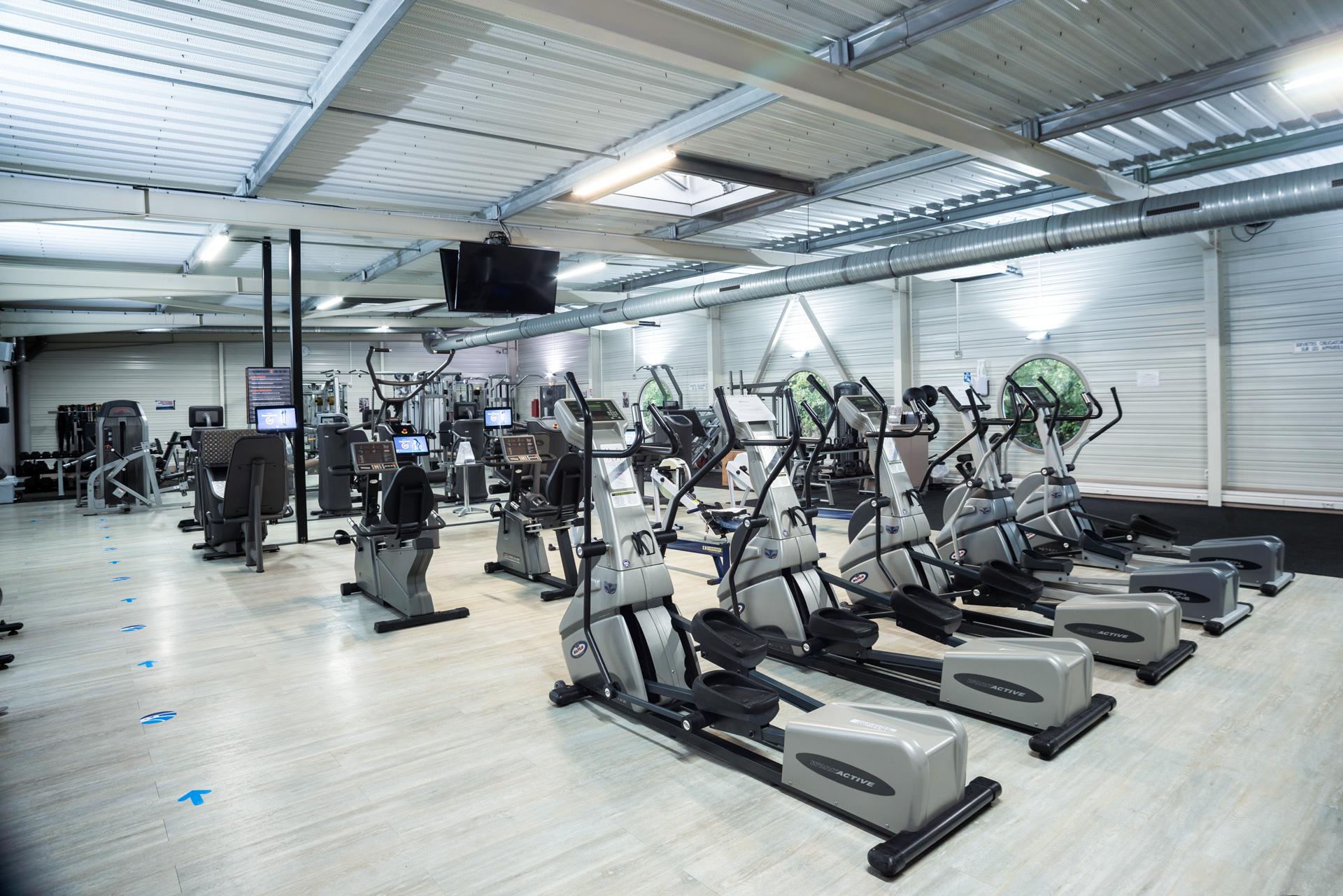 Pole Fitness - Plateau d'entraînement Musculation